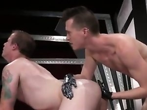 Collage boy fist fucking gay In an acrobatic 69, Axel Abysse