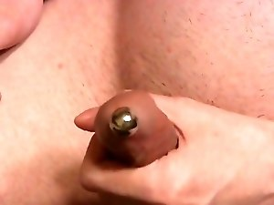 I cum through the urethral plug